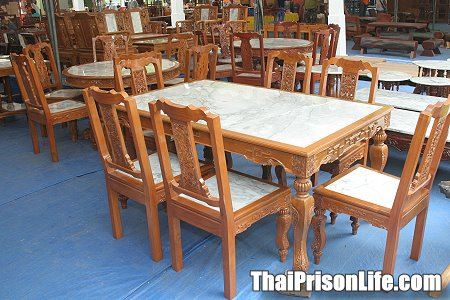 Prison Art and Craft Fair at Klong Prem